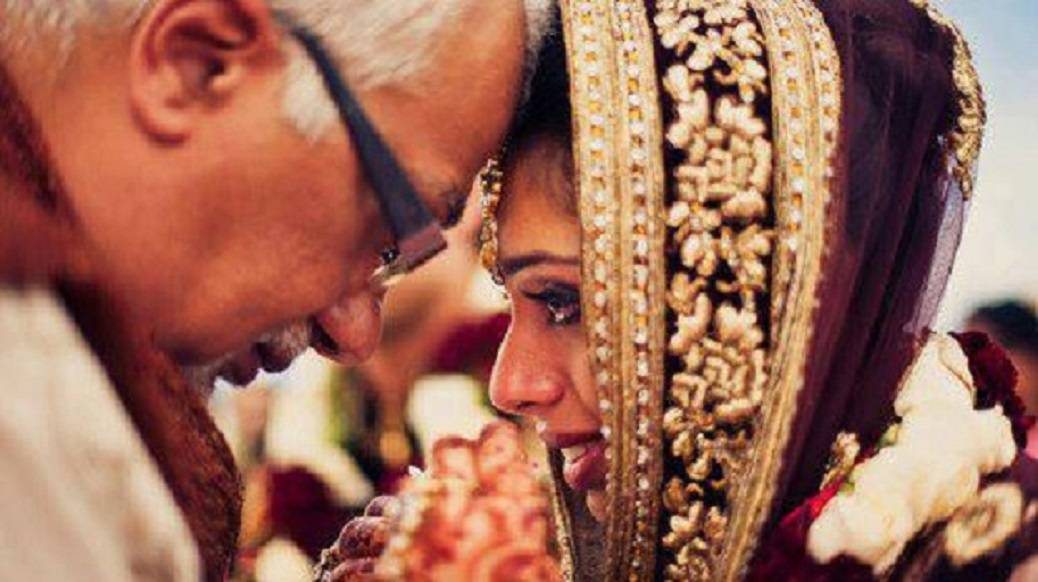 5 Special Moments Between Father And Daughter On Wedding Day